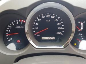 Toyota Fortuner V6 4.0 - Image 6