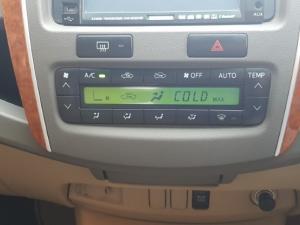 Toyota Fortuner V6 4.0 - Image 9