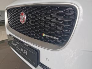 Jaguar E-PACE D180 2.0D SE - Image 6