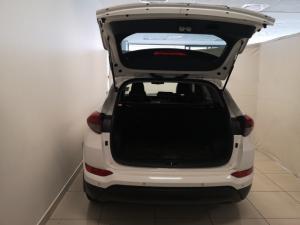 Hyundai Tucson 2.0 Elite auto - Image 5