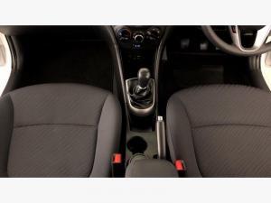 Hyundai Accent 1.6 GLS - Image 12