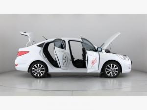 Hyundai Accent 1.6 GLS - Image 15