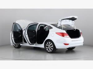 Hyundai Accent 1.6 GLS - Image 19