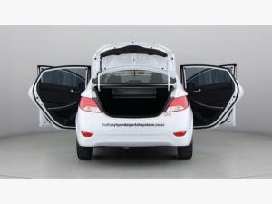 Hyundai Accent 1.6 GLS - Image 20