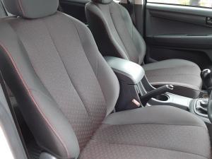 Isuzu D-Max 250 double cab Hi-Ride - Image 11