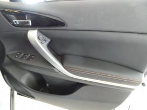 Mitsubishi Eclipse Cross 2.0 GLS - Image 12