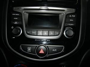 Hyundai Accent 1.6 GLS auto - Image 18