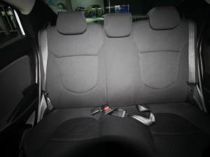 Hyundai Accent 1.6 GLS auto - Image 19
