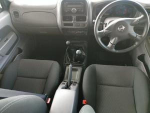 Nissan Hardbody NP300 2.5 TDi 4X4D/C - Image 14