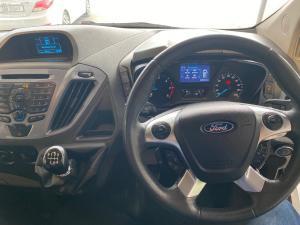 Ford Tourneo Custom 2.2TDCi SWB Limited - Image 11
