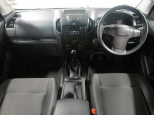 Isuzu D-Max 250 double cab - Image 7