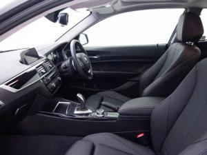 BMW 220i Sport Line - Image 11