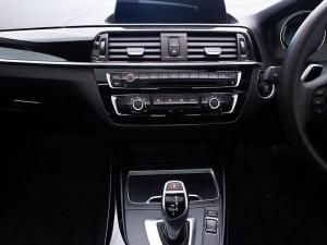 BMW 220i Sport Line - Image 9