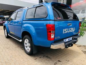 Isuzu KB 300D-Teq double cab Serengeti auto - Image 16