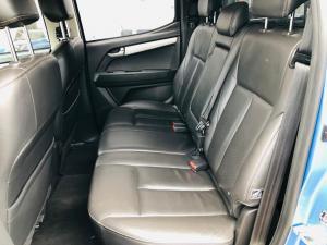 Isuzu KB 300D-Teq double cab Serengeti auto - Image 8