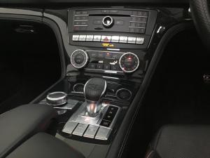 Mercedes-Benz SL SL500 AMG Line - Image 16
