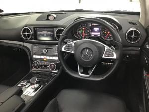 Mercedes-Benz SL SL500 AMG Line - Image 17