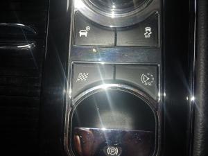 Jaguar XJ i4 Luxury - Image 13