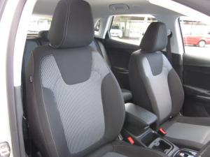 Opel Grandland X 1.6 Turbo - Image 15