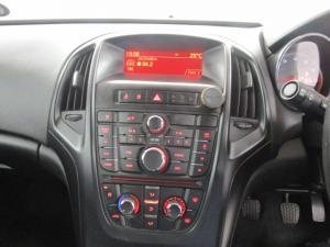 Opel Astra 1.4T Enjoy - Image 15