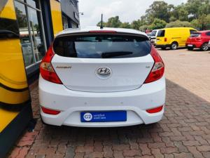 Hyundai Accent hatch 1.6 Fluid - Image 19