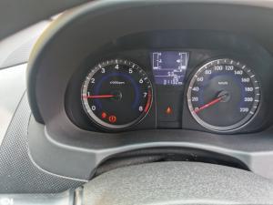 Hyundai Accent hatch 1.6 Fluid - Image 7