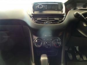 Peugeot 208 5-door 1.2 Access - Image 12