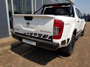Nissan Navara 2.3D double cab 4x4 Stealth auto - Image 4