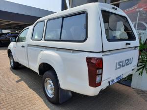 Isuzu KB 250 Fleetside - Image 15