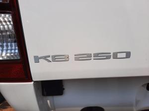 Isuzu KB 250 Fleetside - Image 16