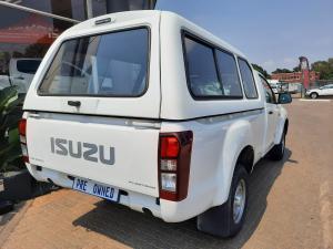 Isuzu KB 250 Fleetside - Image 3