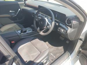 Mercedes-Benz CLA CLA220d - Image 8