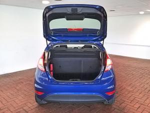 Ford Fiesta 5-door 1.0T Trend - Image 5