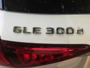 Mercedes-Benz GLE GLE300d 4Matic - Image 14