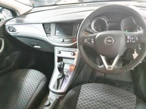 Opel Astra hatch 1.4T Edition - Image 13