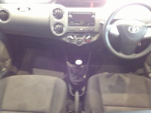 Toyota Etios 1.5 Xs/SPRINT - Image 10