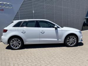 Audi A3 Sportback 1.0 Tfsi Stronic - Image 22