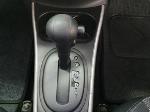 Nissan Almera 1.5 Acenta automatic - Image 15