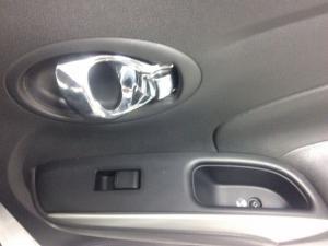 Nissan Almera 1.5 Acenta - Image 17