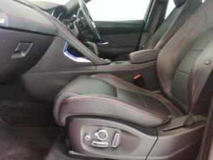 Jaguar E-Pace P250 AWD R-Dynamic SE First Edition - Image 12