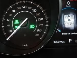 Jaguar E-Pace P250 AWD R-Dynamic SE First Edition - Image 9