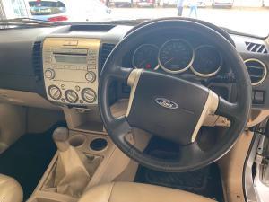 Ford Everest 3.0TDCi XLT - Image 11