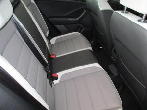 Volkswagen T-ROC 2.0 TSI Design 4MOT DSG - Image 8