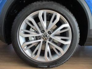 Volkswagen T-ROC 2.0 TSI Design 4MOT DSG - Image 9