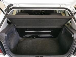 Volkswagen Polo Vivo hatch 1.6 Comfortline - Image 6
