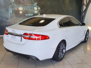 Jaguar XF 2.2D Premium Luxury - Image 2