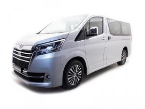 Toyota Quantum 2.8 VX 9 Seat - Image 1