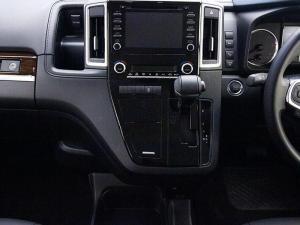 Toyota Quantum 2.8 VX 9 Seat - Image 8