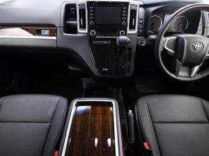 Toyota Quantum 2.8 VX 9 Seat - Image 9