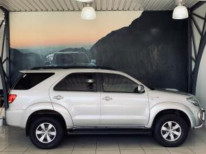 Toyota Fortuner 3.0D-4D - Image 11